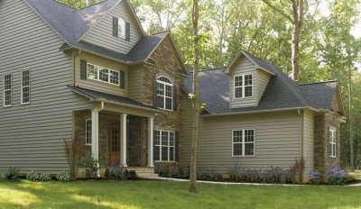Cedar Shake Vinyl Siding Has That Rugged Natural Look For